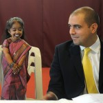 Jyoti Amge - World's Smallest Woman [pic 3]