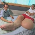 Mandy Sellars - Giant Legs [pic 1]